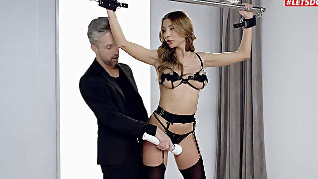 High-class bondage is a hit with kinky babe Marilyn Crystal